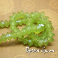 Плоские биконусы граненые. Зеленый матовый