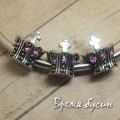 Бусина в стиле Пандора со стразами. Корона с розовыми стразами