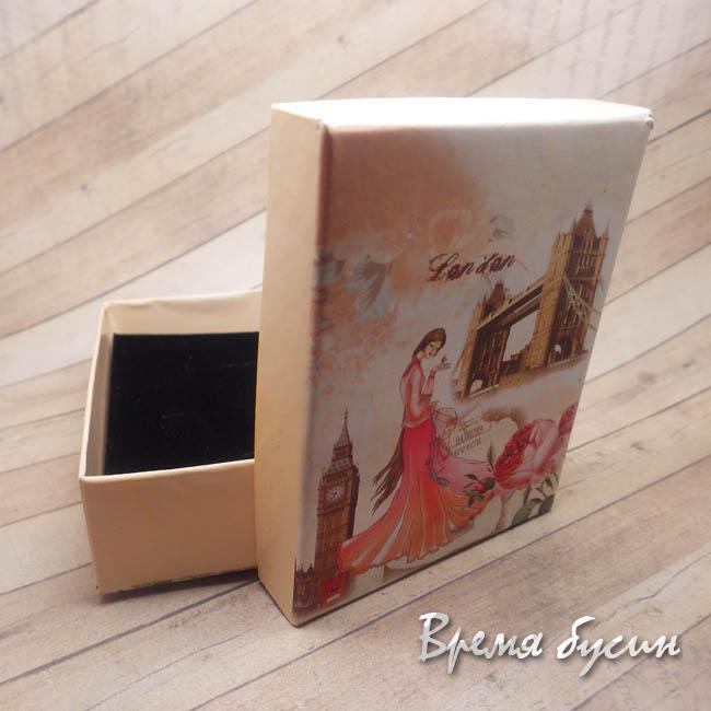 Коробочка подарочная прямоугольная.
