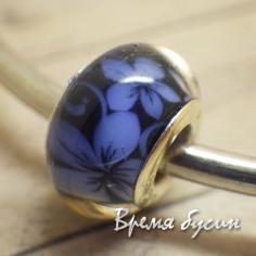 Гладкие акриловые бусины в стиле Пандора. Синий с цветочками