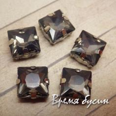 Стразы из стекла в цапах под серебро. Квадрат 10 мм GREY (1 шт.)