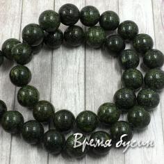 Змеевик, шарик гладкий темно-зеленый 10 мм (нить, 38 шт.)