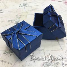 Коробочка подарочная с рисунком, 5х5х3,5 см (1 шт.)