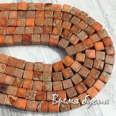 Варисцит, цв. оранжевый. Кубик гладкий 6 мм (1/2 нити, 32 шт.)