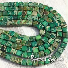 Варисцит, цв. зеленый. Кубик гладкий 6 мм (1/2 нити, 32 шт.)