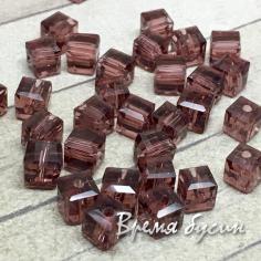 Бусины кубики из граненого стекла, 5х5 мм цв.  сливовый   (1 шт.)