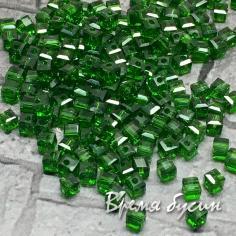 Бусины кубики из граненого стекла, 2х2 мм, цв.  зеленый (50 шт.)