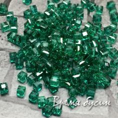 Бусины кубики из граненого стекла, 2х2 мм, цв.  изумрудный (50 шт.)