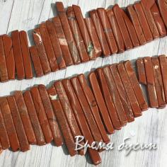 Яшма красная, палочки плоские с градуировкой по размеру (1/2 нити, 35 шт.)