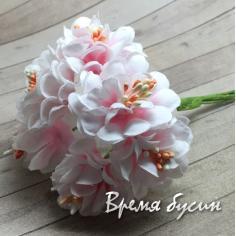 Цветы из ткани, букетик цв.  бело-розовый (6 шт.)