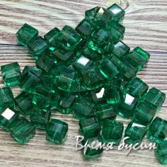 Бусины кубики из граненого стекла, 5х5 мм цв. изумрудный    (1 шт.)