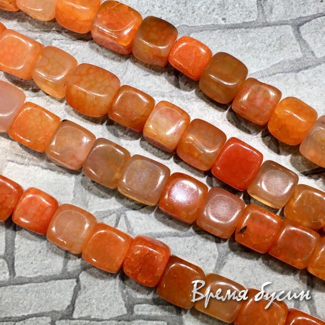 Агат тонированный, кубик 10 мм, цв. оранжевый (1/2 нити, ок. 19 шт.)