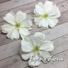 Цветок из ткани, 40 мм, цв. белый  (1 шт.)