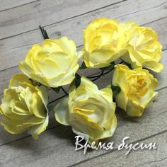 Цветы из бумаги, букетик роз, 20 мм цв. бело-желтый  (6 шт.)