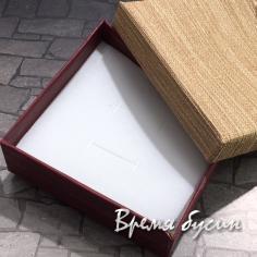 Коробочка подарочная квадратная 9х9х3 см, цв. бежевый