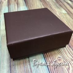 Коробочка крафтовая, цв. коричневый 8х8х3 см. (1 шт.)