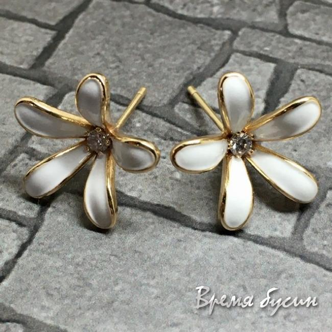 Швензы-гвоздики с эмалью цв. белый, латунь с позолотой  (1 пара)