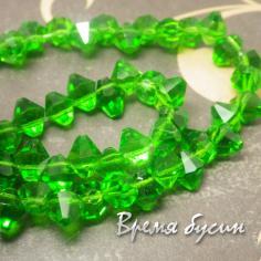 Бусины биконусы из граненого стекла. 6мм. Зеленый